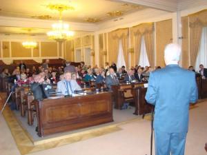 prof. MUDr. Pavel Kalvach, CSc., který konferenci moderoval, vítá přítomné